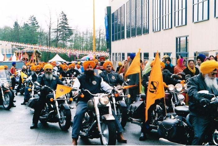 Canadian Sikh Motorcycle Club Flickr-ColbyStopa