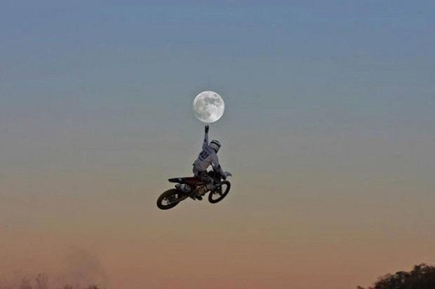 ET Phone Home Oliepeil Motorcross