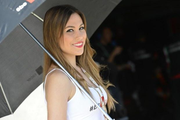 grid-girls-sbk-aragon-2014-01